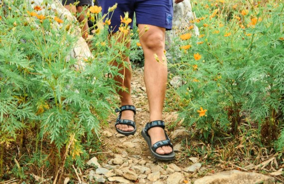 masungi teva sandals hike