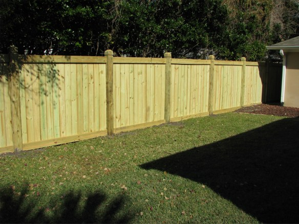 wood_privacy_fence_1