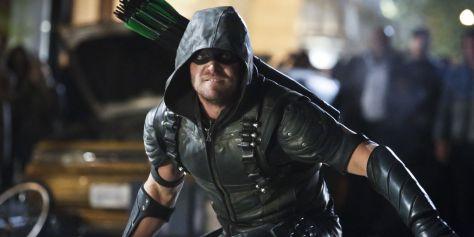 Stephen-Amell-as-Green-Arrow-in-Arrow-Season-4-Episode-23