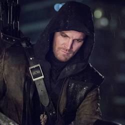 """Image from Arrow episode """"Al-Sah-Him"""""""