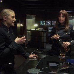 battlestar-galacticast-resurrection-ship-part-2