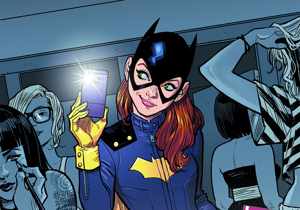 Batgirl issue 35 cover featured 2014