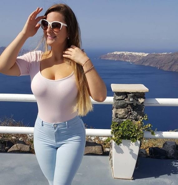 Meet Rich woman in lekki ready for serious relationship