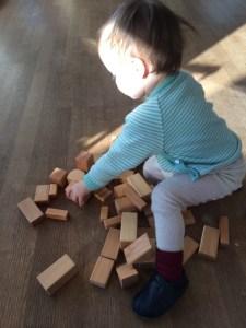 Spielzeug Kleinkind Bausteine Holz Natur