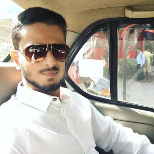 photo of stuck in traffic Faraaz Kazi