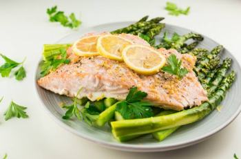 Lemon Garlic Salmon On Instant Pot For Weight Loss