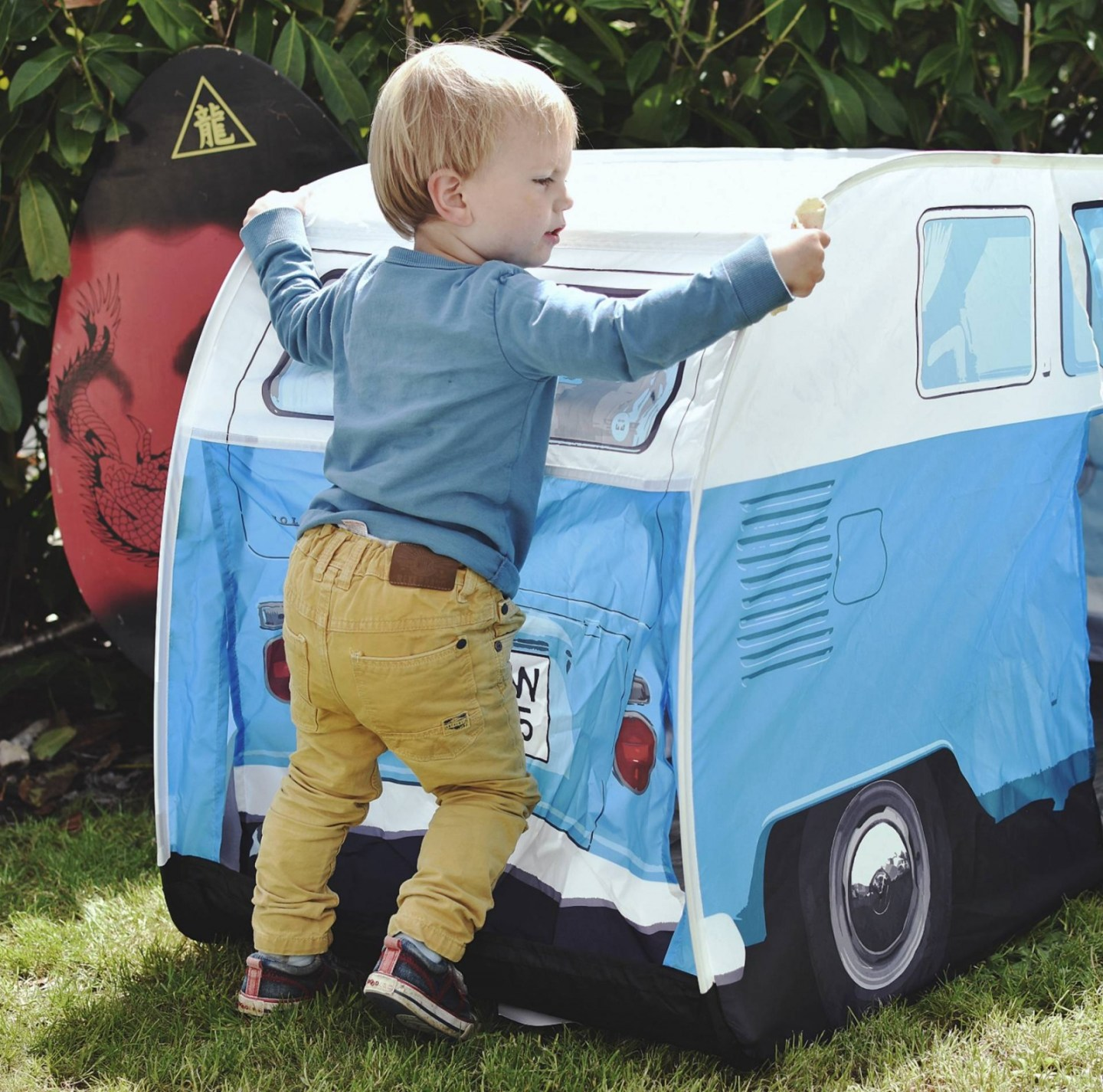 what a funky way to liven up your garden and keep your children safe, this VW camper van