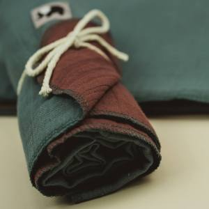 Pucktuch – Swaddle – meeresgrün/malvenlila