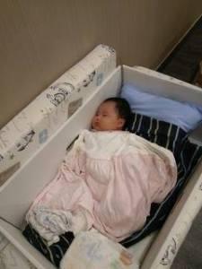 芬蘭嬰兒床