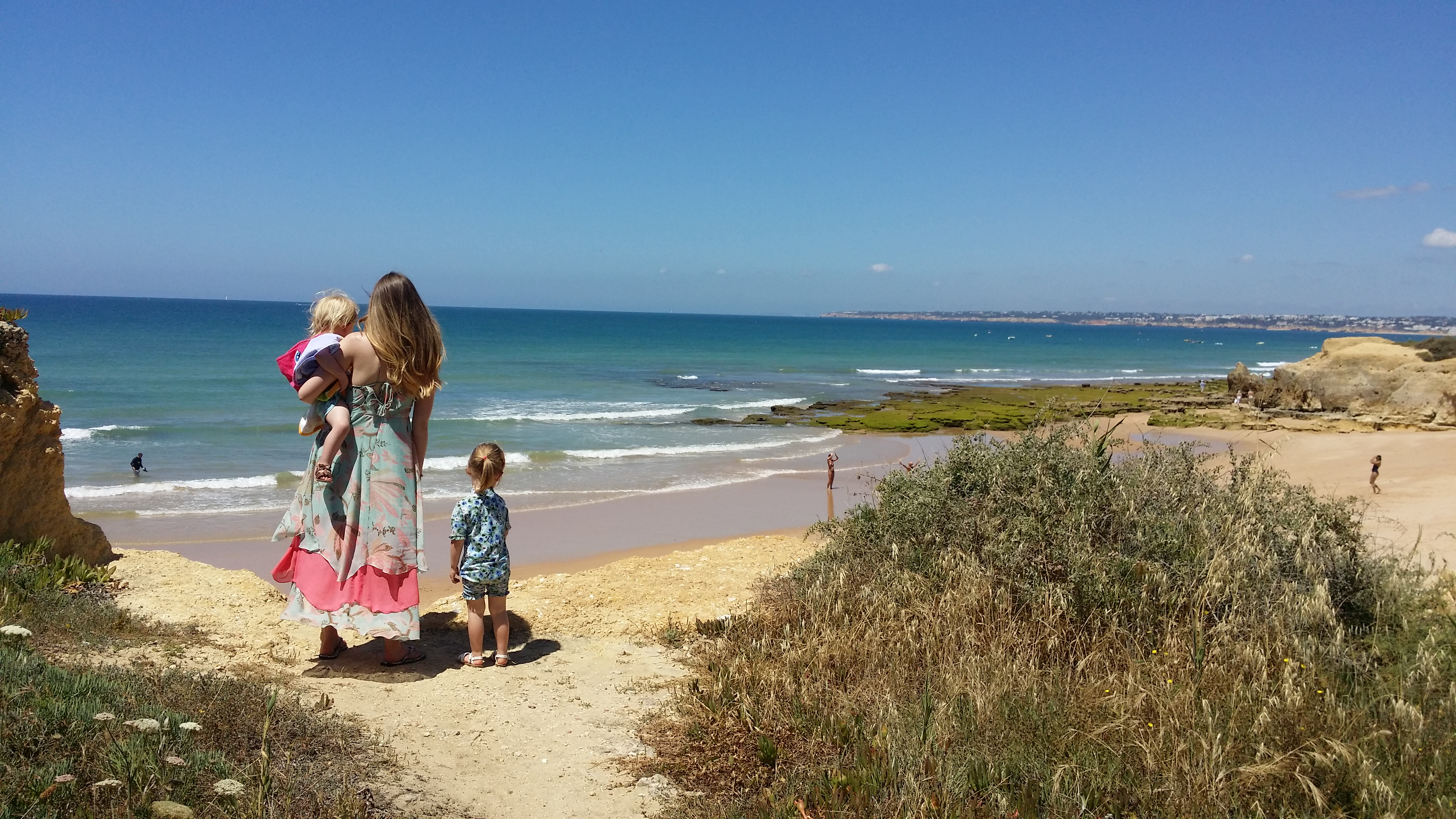 Pros and Cons of a villa holiday with toddlers