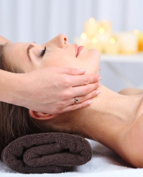 5 Indisputable benefits of regular massage sessions