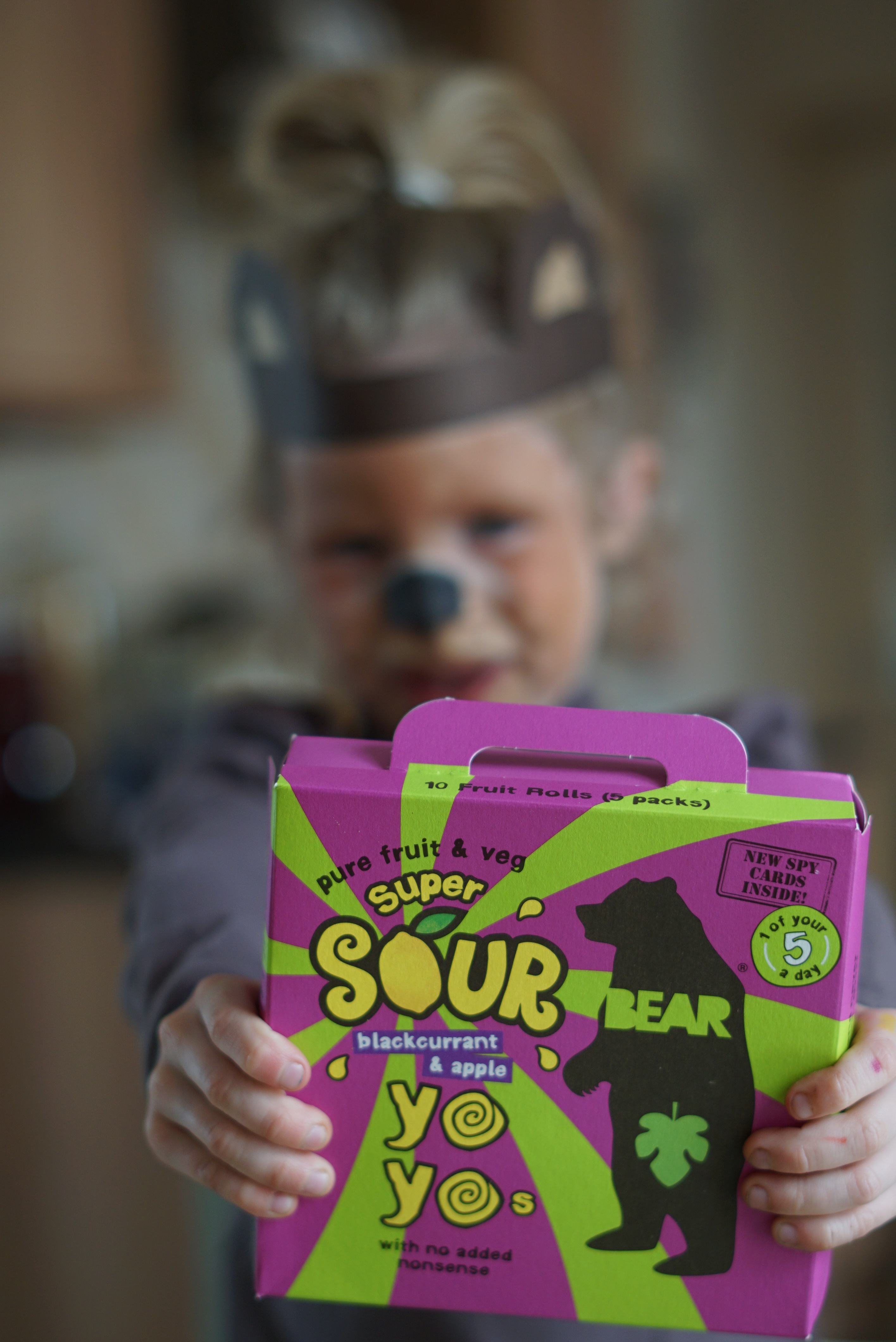 A Bear Nibbles fun family game with Super Sour Yoyos