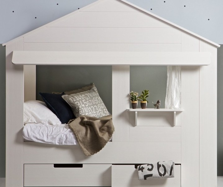 Saving space in your little ones bedroom