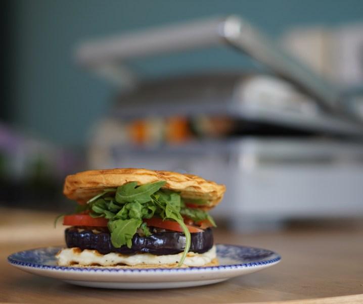 The indoor BBQ – Autumnal vegetarian burger #TurnOnYourCreativity #GrilledByBreville