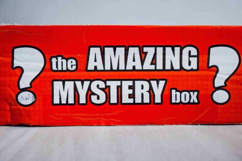 Amazing mystery box