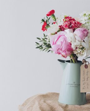 How to become a professional Florist