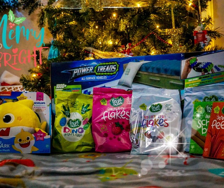 Day 4 #12DaysOfConstantChristmas Win a toy and fruit snack bundle