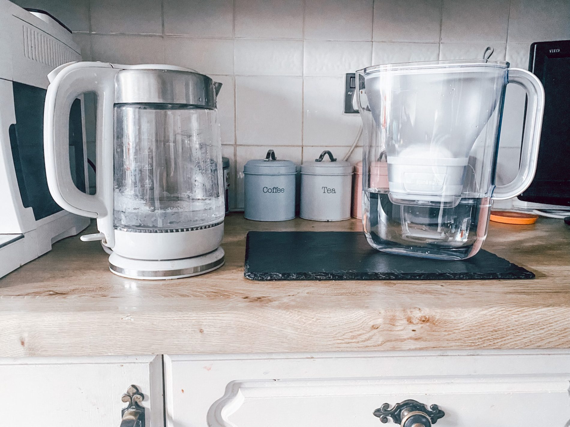 old kettle BRITA cleaning hack