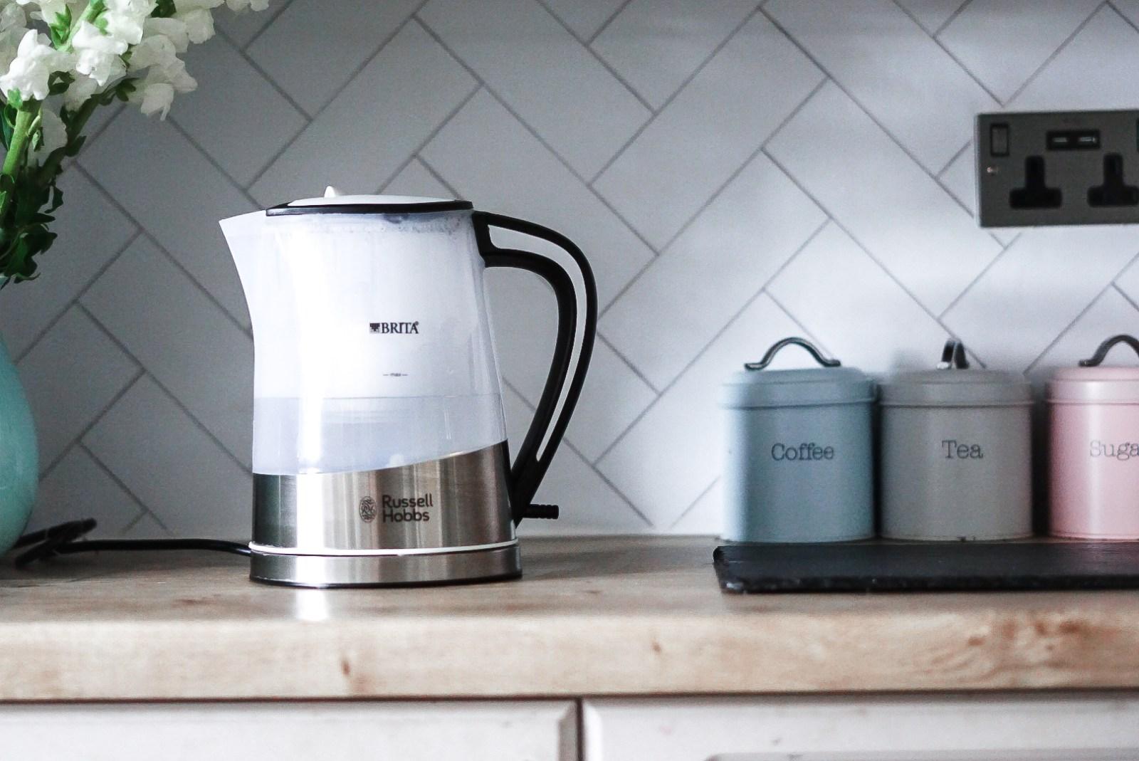 BRITA filter Purity glass kettle