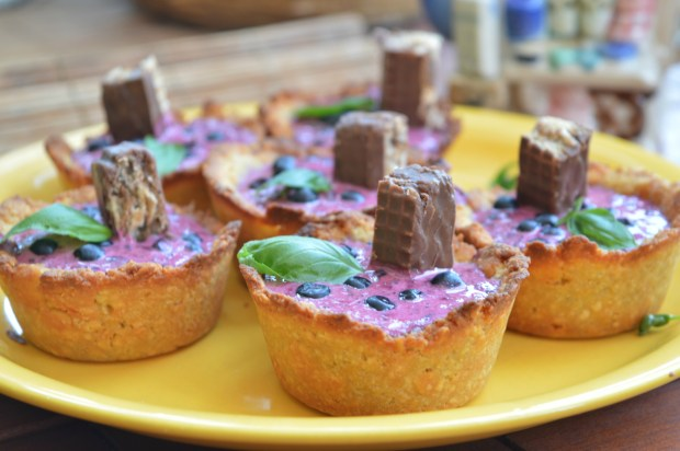 Blueberry Ice Cream Cups