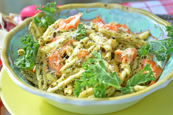 Kale & Smoked Salmon Pasta