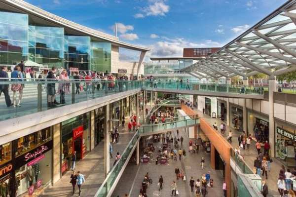 Dinosaur events at Liverpool one
