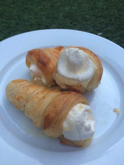 Lemon Curd and Vanilla Cream Horns