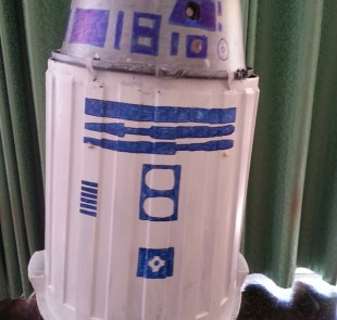 MW R2D2 Kids Homemade Costume6