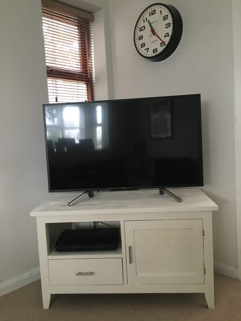 TV cabinet, Lounge, The new lounge