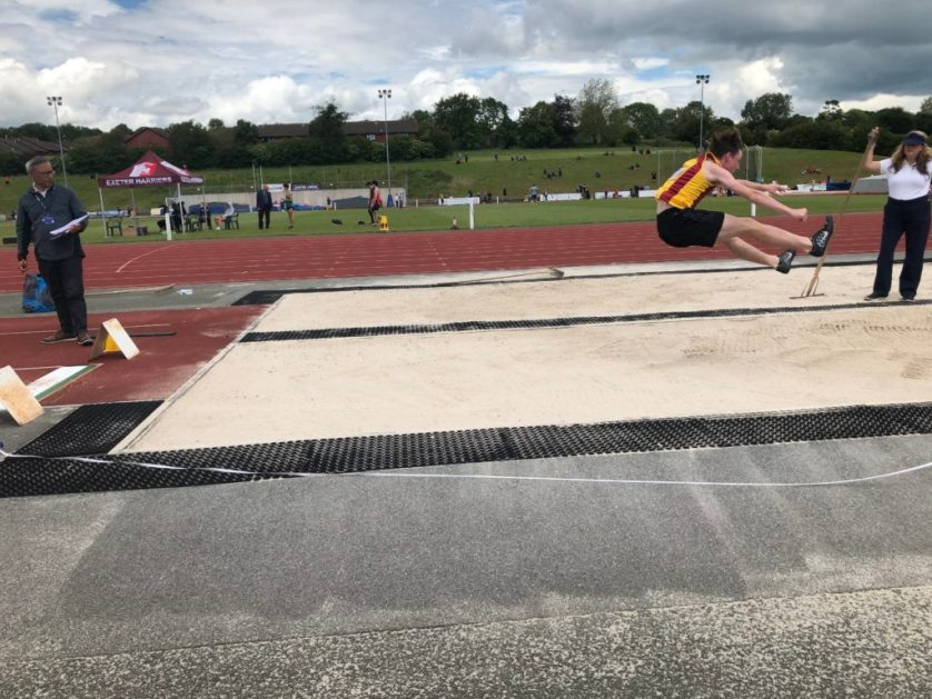 Long jump, Son, Athlete, Silent Sunday, Sunday Snap, Athletics, The athlete and looking forward