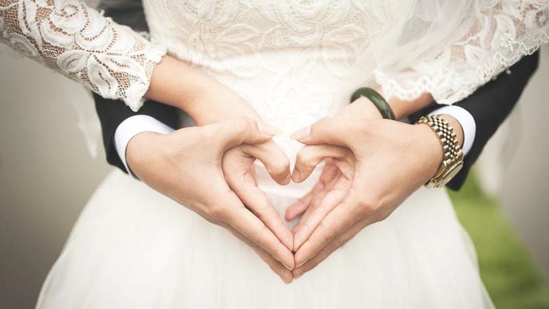 Five Ways to Save Money When Planning a Wedding