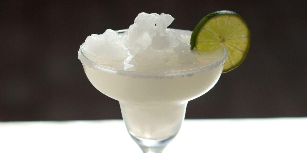 Frozen Margarita Recipe: super simple, only 3 ingredients