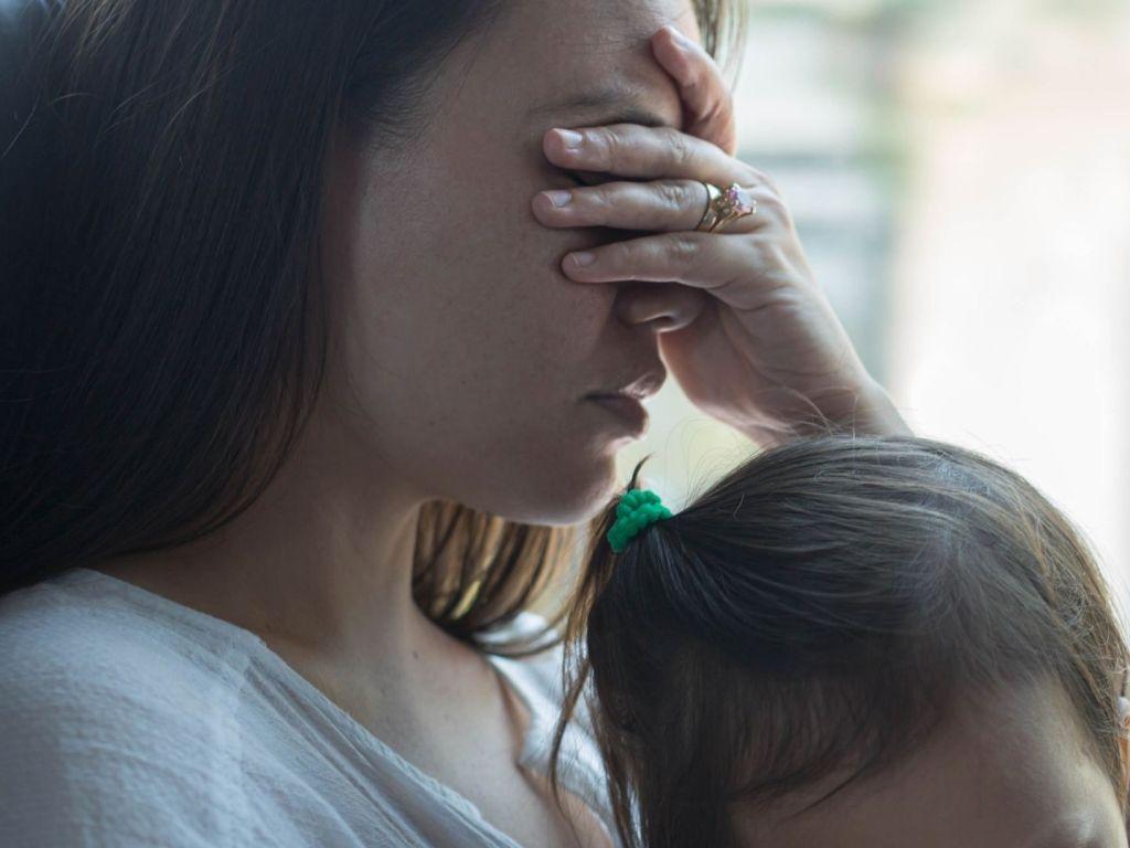 4 Money-Saving Tips for Single Parent Nurses