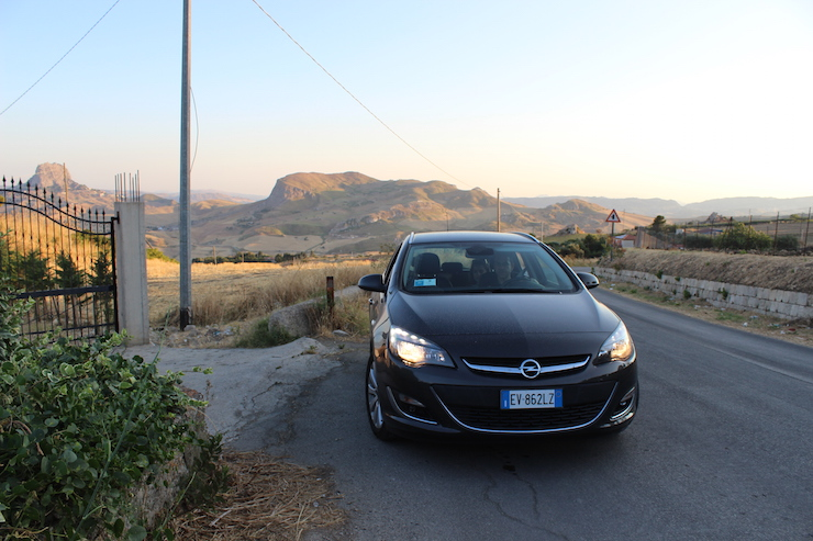Driving through Sicily in a hire car. Copyright Gretta Schifano