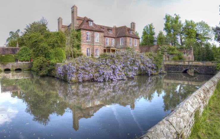 Groombridge Place, Kent. Image courtesy of Groombridge Place