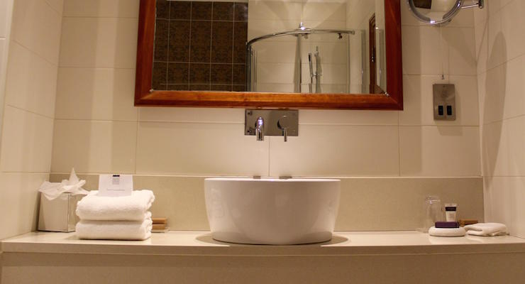 Ensuite bathroom, Culloden Estate & Spa, Northern Ireland. Copyright Gretta Schifano