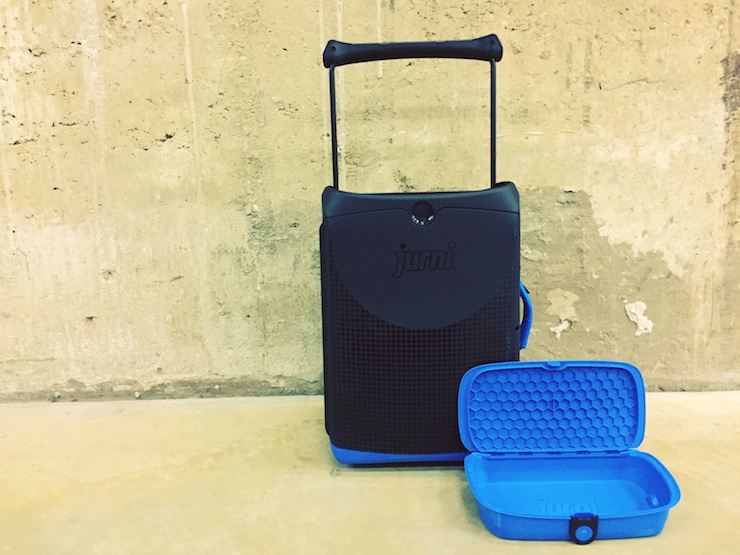 Jurni suitcase with detachable pod. Copyright Lara Downie