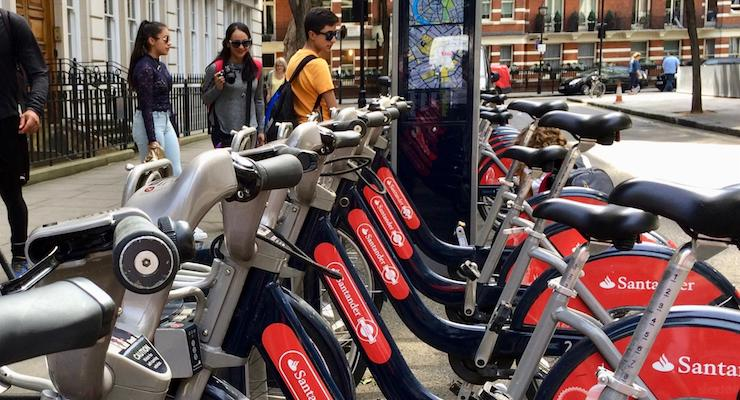 How to use Santander hire bikes to explore London