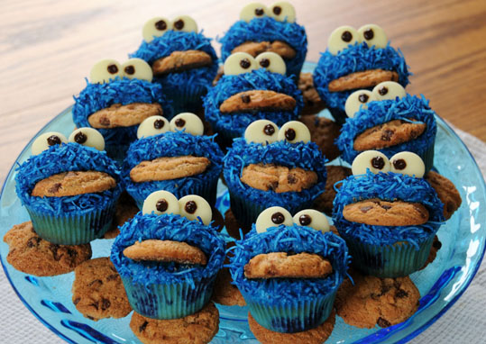 Cookie Monster Cupcakes 2