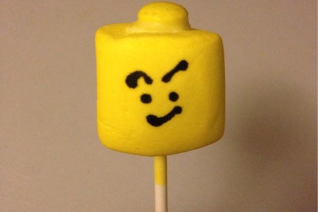 lego-head-pops-9
