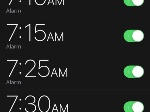 Two Quickest Ways to Set an Alarm on iPhone or iPad