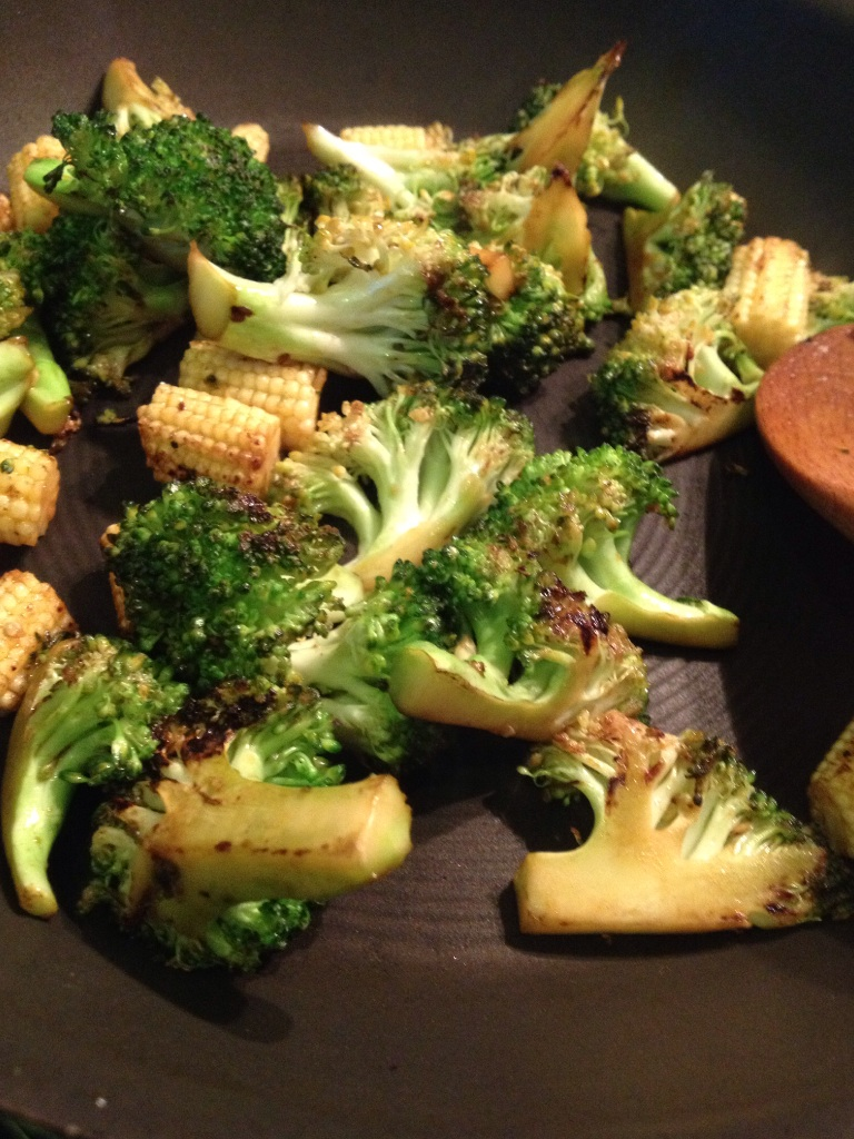 Broccoli & baby corn stir fry