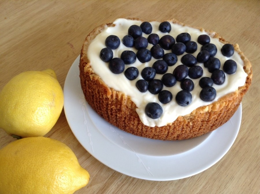 slow cooker lemon cake
