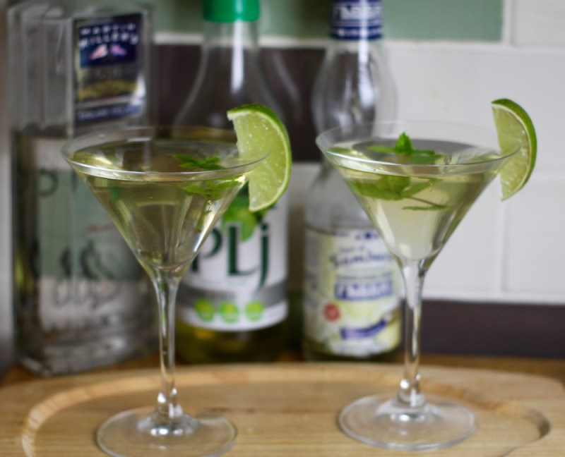 elderflower and lime gin cocktail