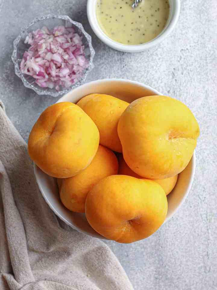 Donut Peaches in a bowl