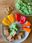 This easy and delicious edamame hummus is amazing as a creamy, savory dip or as a vegan bread topping. This might just be the new just as healthy replacement for avocado toast. It's made with simple ingredients that all pack a lot of flavour into the dish. Think edamame beans (soy beans), tahini, garlic and lots of spices. This hummus is healthy, creamy and full of flavours…and it's absolutely delicious.Munchyesta.com