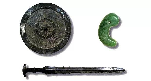 Os Três Tesouros Sagrados do Japão (Foto: Agência da Casa Imperial)
