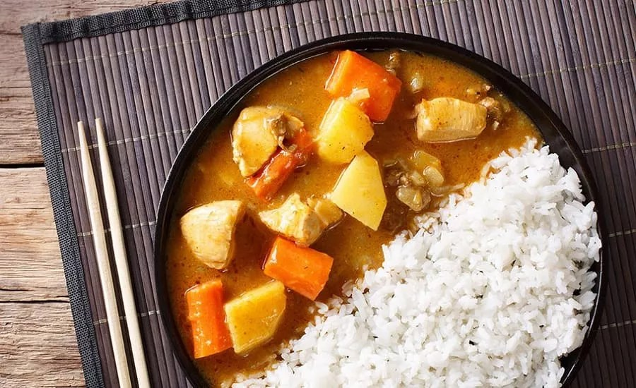 Receita de karê japonês: legumes ensopados no molho curry