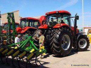 maquinaria-agricola-2