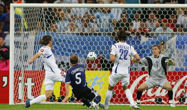 Image result for esteban cambiasso goal vs serbia